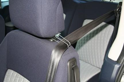 une solution pour que la ceinture ne coupe plus le cou forum peugeot 1007. Black Bedroom Furniture Sets. Home Design Ideas